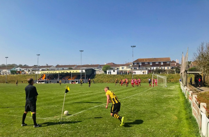 2017-18 51 Falmouth Town 3-0 Newquay (1)